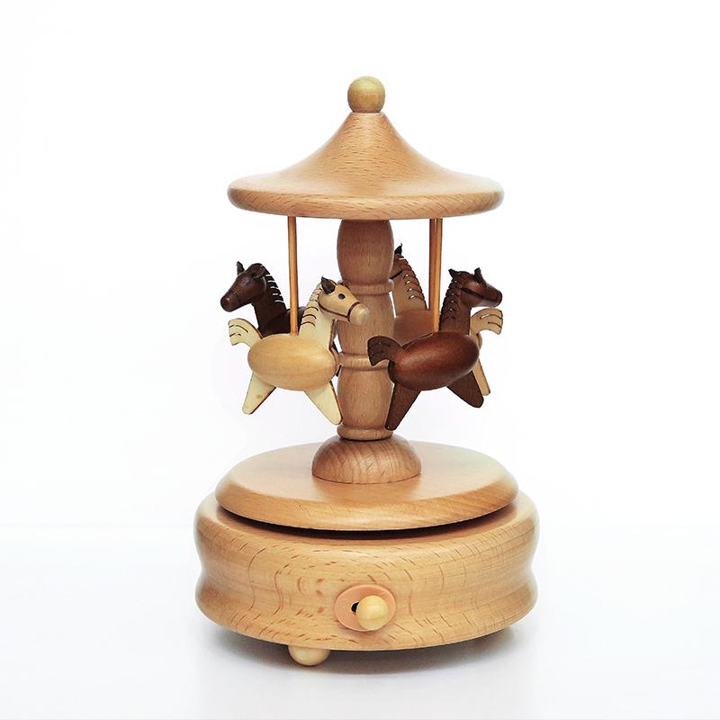 音乐盒八音盒木质男女生生日精品创意旋转木马儿童情人节礼物