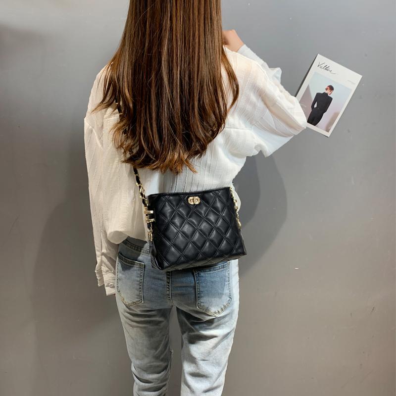 今年流行小包包女包新款2021时尚百搭女士单肩斜挎小方包链条潮夏主图