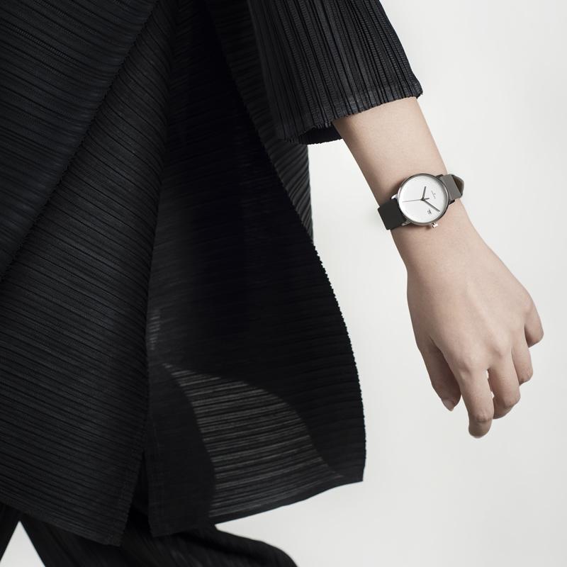 德国品牌Junghans荣汉斯FORM皮带时尚石英手表女简约气质正品女款
