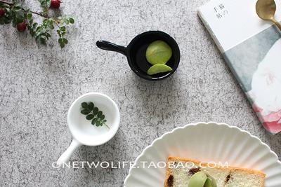 日式陶瓷创意带把柄酌蘸料碟番茄酱沙拉小吃碟子配料味碟华夫饼碟