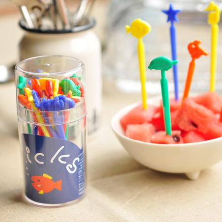日本進口精工Sanada 塑料水果叉 彩色水果籤 小魚星星總動員 有盒