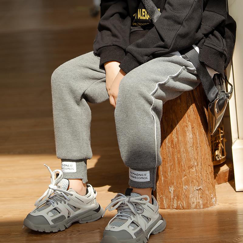 儿童裤子运动裤