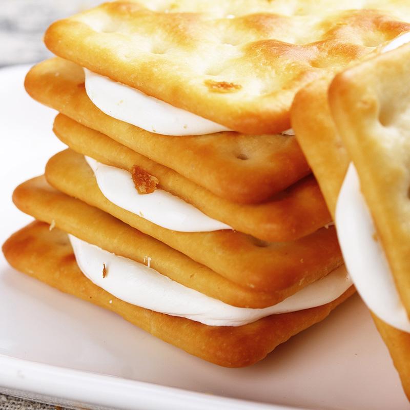 牛扎饼干手工牛扎糖夹心苏打牛扎饼美食早餐休闲零食品 盒 4 超值