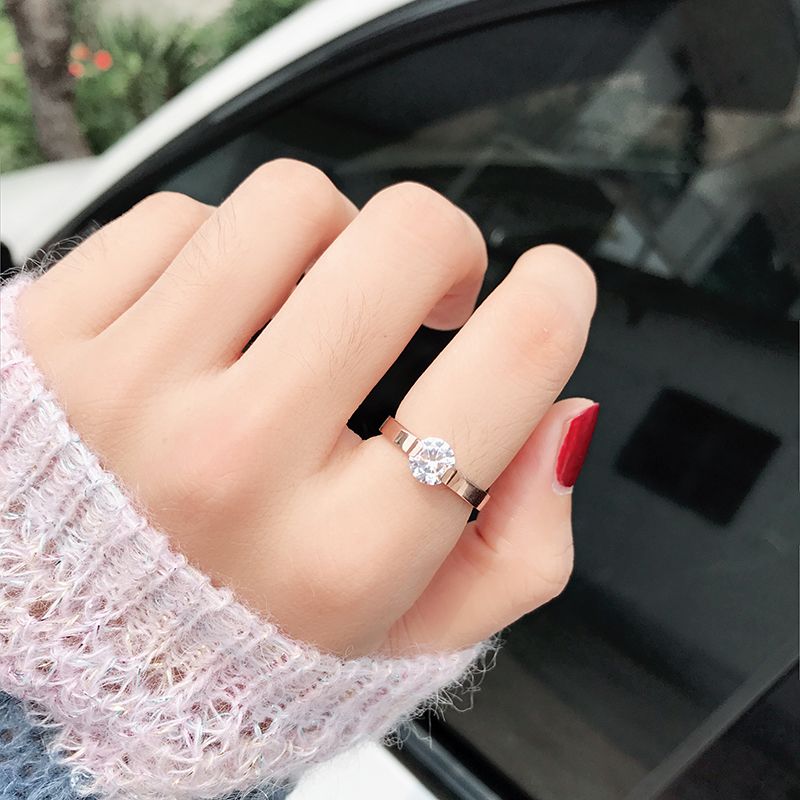 日韩钛钢食指戒指环女网红 钻戒玫瑰金婚戒简约个姓刻字礼物 chic
