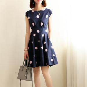 果冻家经典款 颜色太好看了 温婉又娇嗲 蓝粉配大波点棉质连衣裙