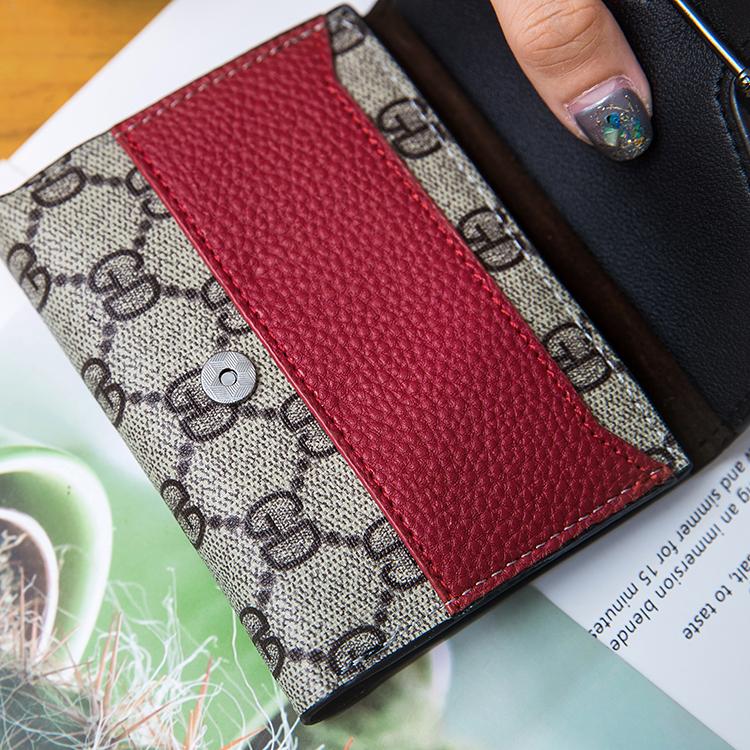 短款女士折叠小钱包卡包一体包薄搭扣零钱包 2019 爆款欧美复古 ins