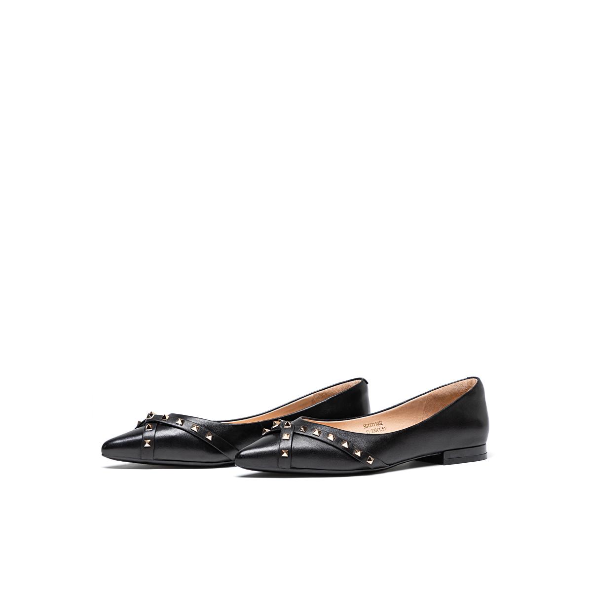 SS11111052 春季新款优雅尖头浅口鞋子商场同款 2021 星期六平底单鞋