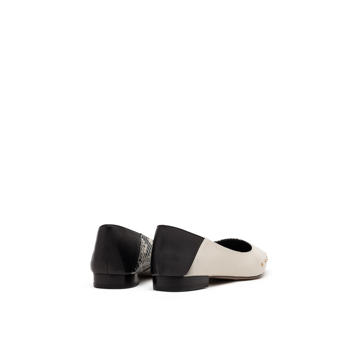 SS01111103 春季新款欧美浅口低平跟铆钉单鞋女 2020 星期六 Sat & St