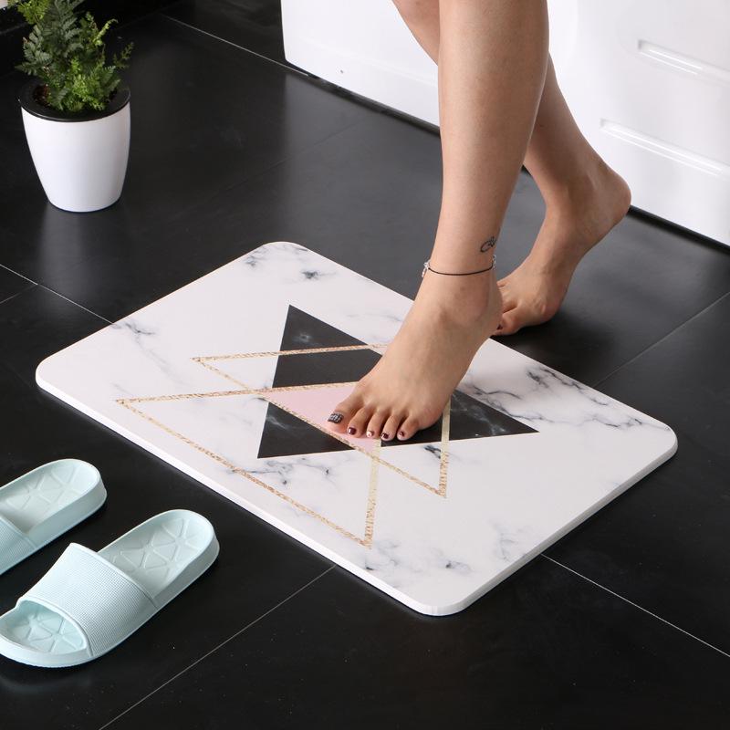 创意天然卫生间洗手间浴室硅藻土泥吸水防滑地垫脚垫干脚石擦脚垫