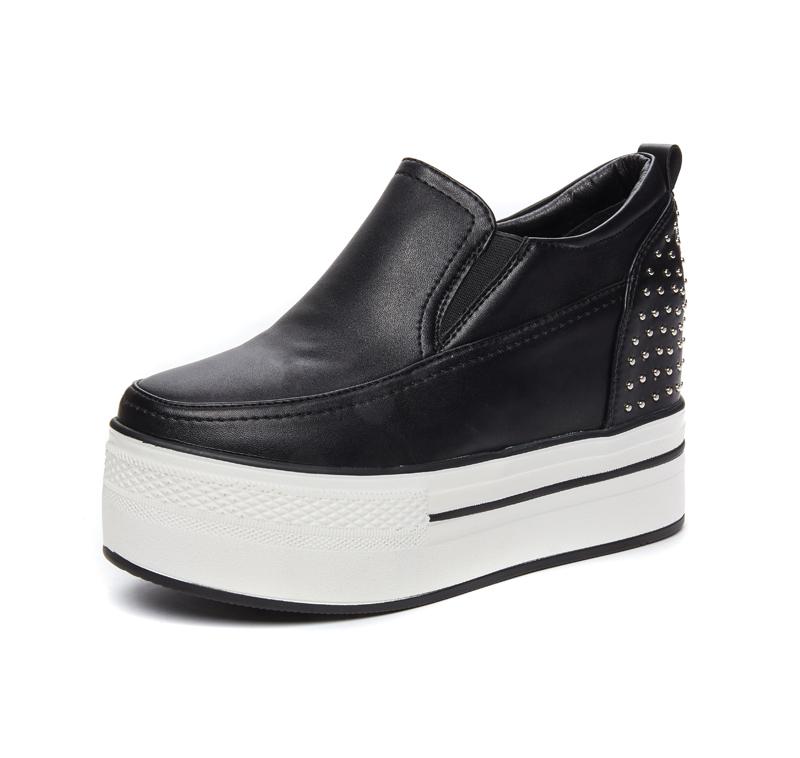 圆头套脚女鞋 松糕厚底鞋低帮鞋单鞋铆钉白色英伦 10CM 春秋内增高