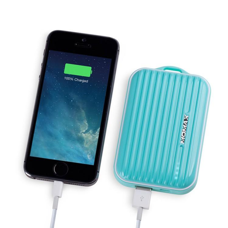 香港MOMAX苹果XR旅行箱充电宝iPhone XS移动电源便携小巧手机通用
