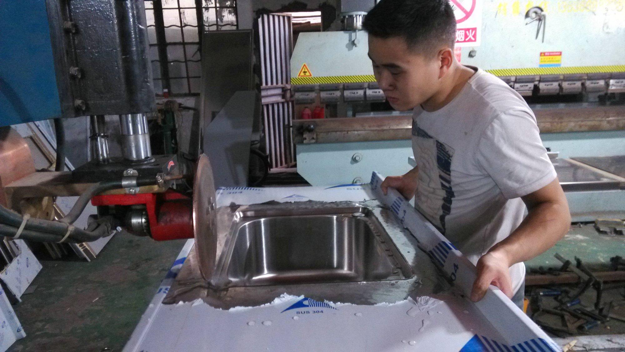 上海席誉厨房简约整体橱柜304不锈钢灶台面202加厚家用定做
