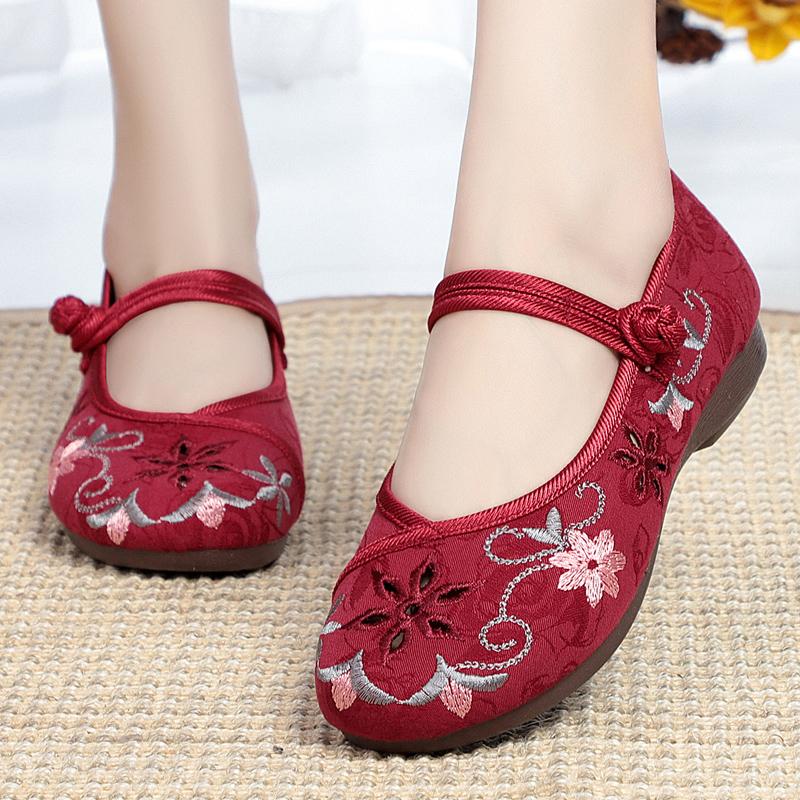 老北京布鞋女鞋时尚民族风绣花鞋软底防滑奶奶鞋平底中老年妈妈鞋