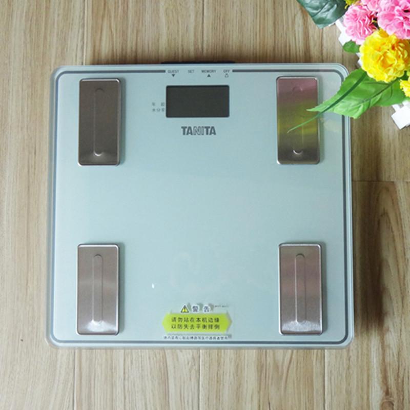 日本百利达UM-040 精准家用电子脂肪秤健康秤体重秤人体秤 测量仪