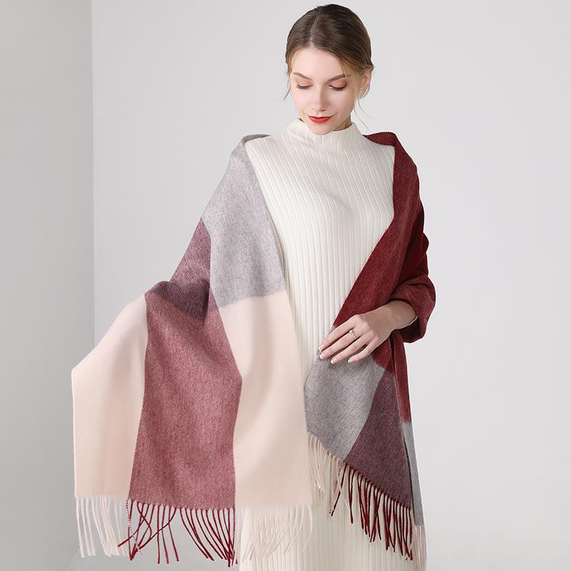 上海故事女秋冬季加厚英伦格子围巾百搭羊毛羊绒超大披肩2020新款
