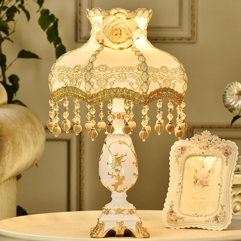 5596 欧式台灯卧室床头灯公主田园结婚庆调光温馨浪漫台灯 wanlang