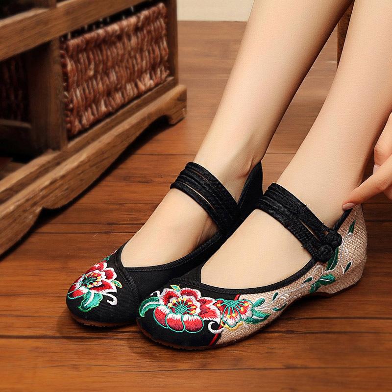 北京老布鞋女春季新款民族风绣花鞋低帮芙蓉花舞蹈鞋圆头透气单鞋