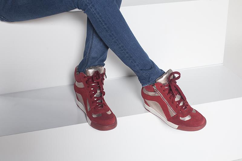 1515605019 达芙妮马丁靴内赠高拼色休闲女短靴 Daphne