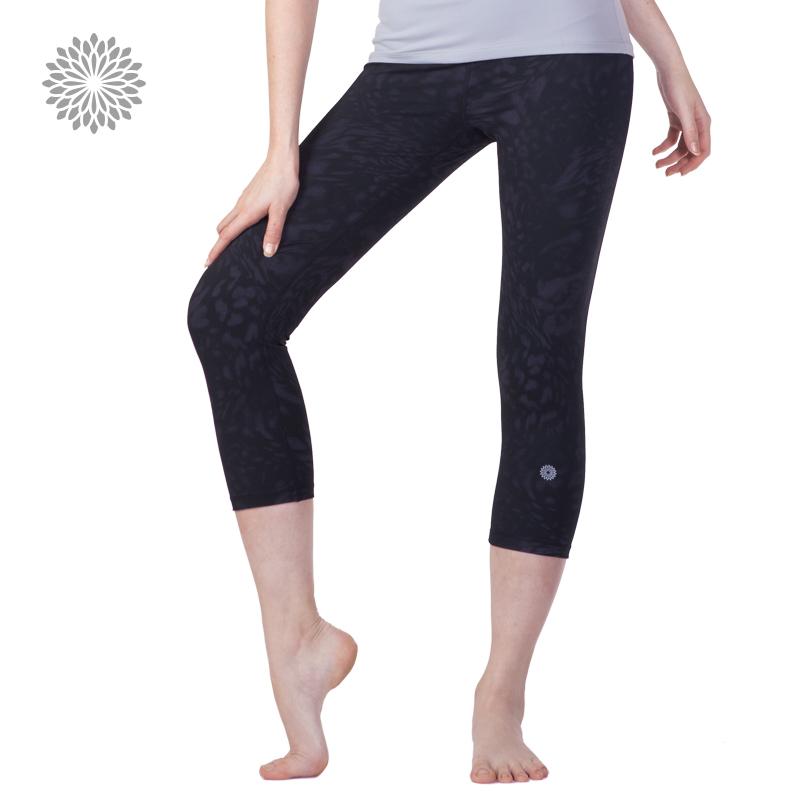 easyoga La veda 新品瑜伽服 女款 合身瑜伽健身七分褲