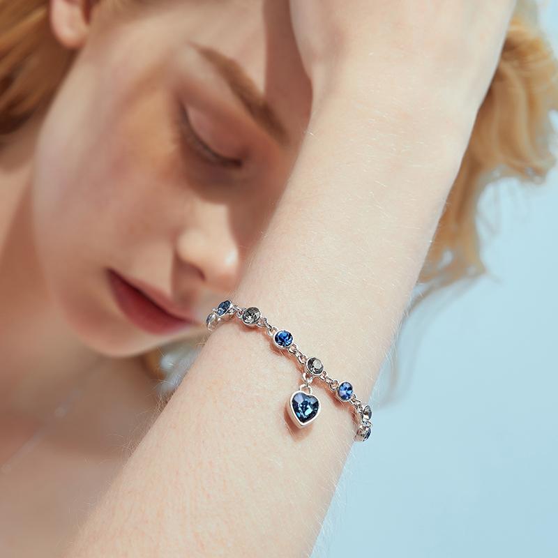星座手链女采用施华洛世奇元素水晶手镯ins小众设计礼物闺蜜手串