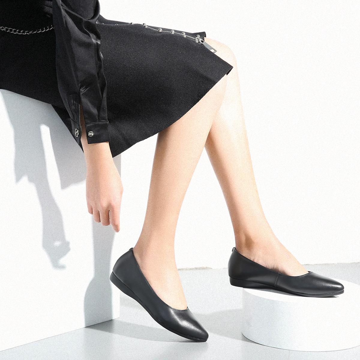 真皮尖头单鞋女平底软底职业空姐女鞋黑色皮鞋舒适上班酒店工作鞋