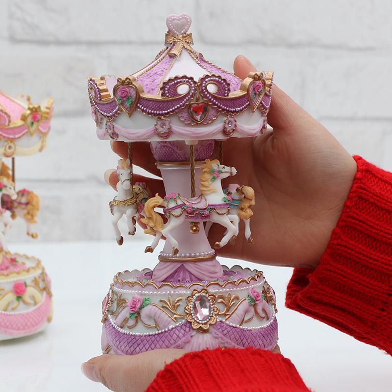 创意情人节生日礼物女生送闺蜜旋转木马音乐盒八音盒双机芯会亮灯
