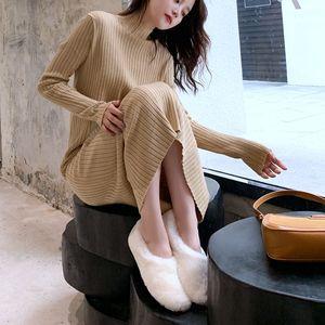 配大衣穿秋冬新款连衣裙半高领套头长袖针织衫中长款过膝女毛衣裙