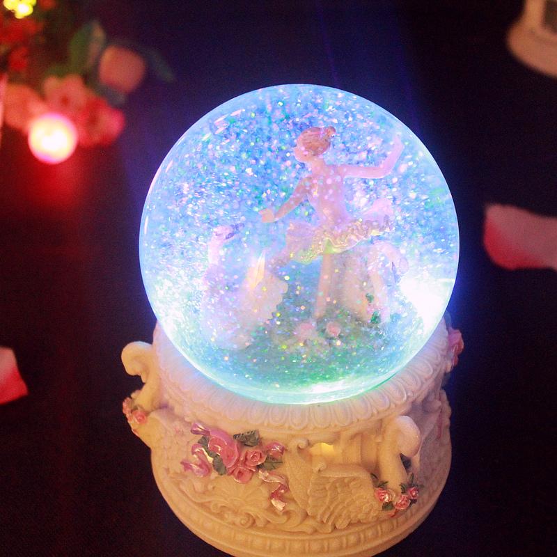 公主音乐盒水晶球跳舞芭蕾女孩八音盒儿童雪花发光生日礼物万圣节