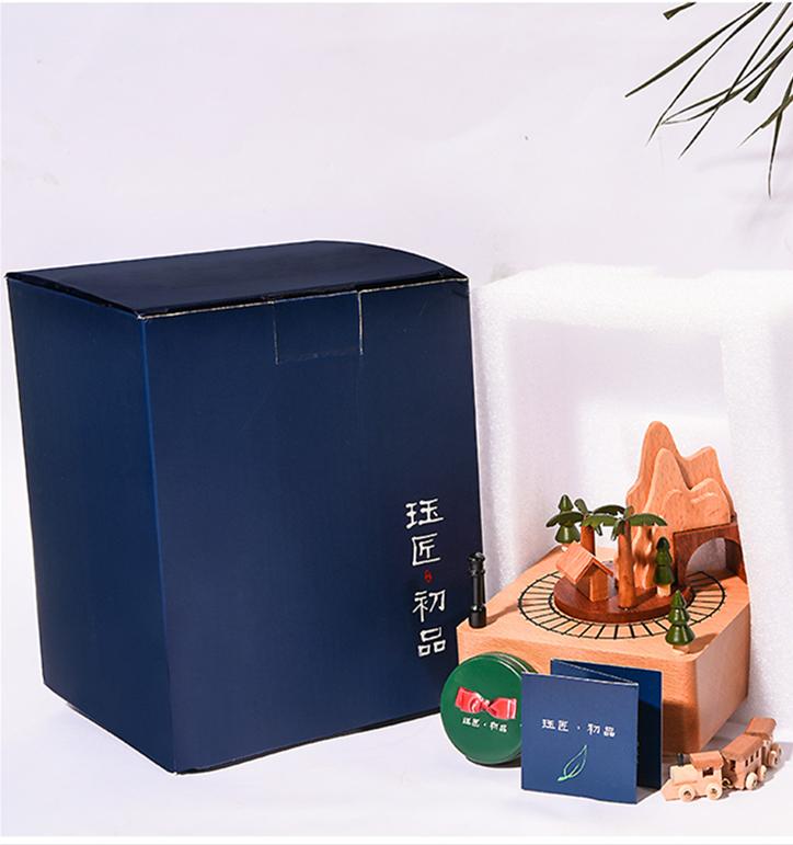 胡桃木制音乐盒手工八音盒小火车可刻字生日礼物送男生女生国庆节