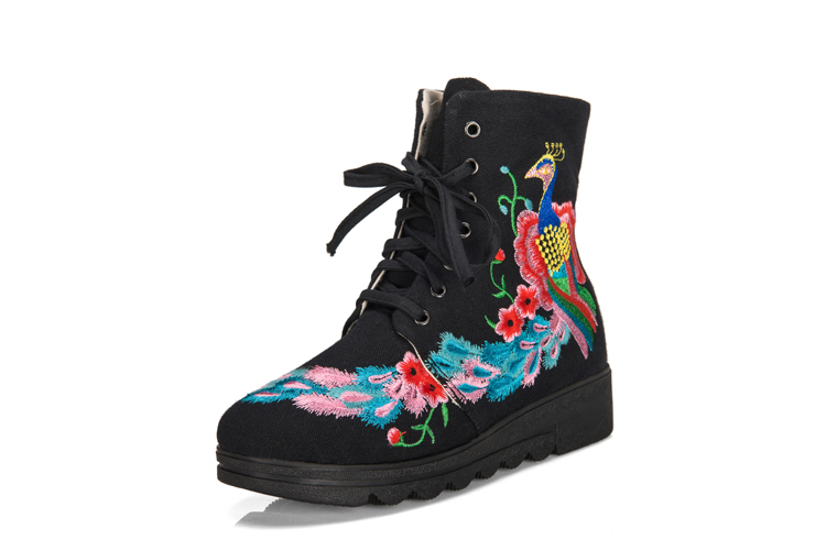 2018年秋冬款单靴棉靴老北京布鞋女靴内增高民族风短靴子绣花靴