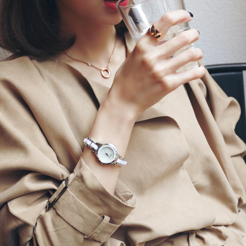 手表女学生韩版简约时尚潮流ulzzang小巧大气休闲时装手链式女表
