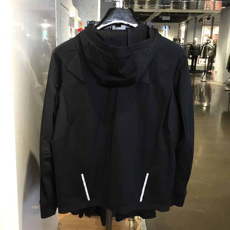 威可多专柜正品 17款春季男士休闲黑色连帽标准版 短夹克 原1980