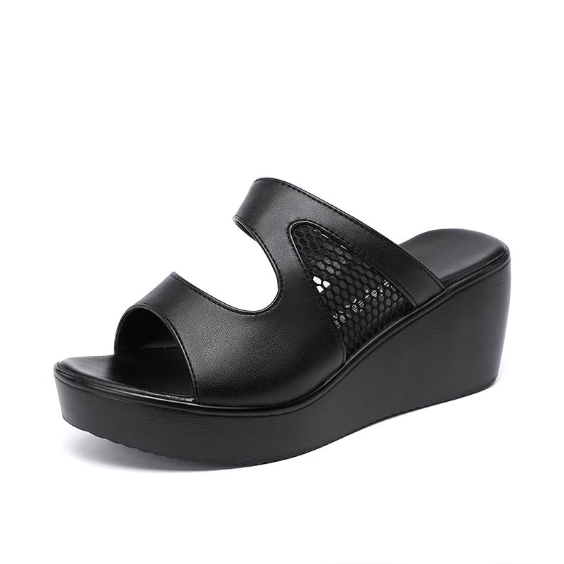 夏新款松糕厚底防水台镂空中跟鱼嘴拖鞋 2020 时尚外穿坡跟凉拖鞋女