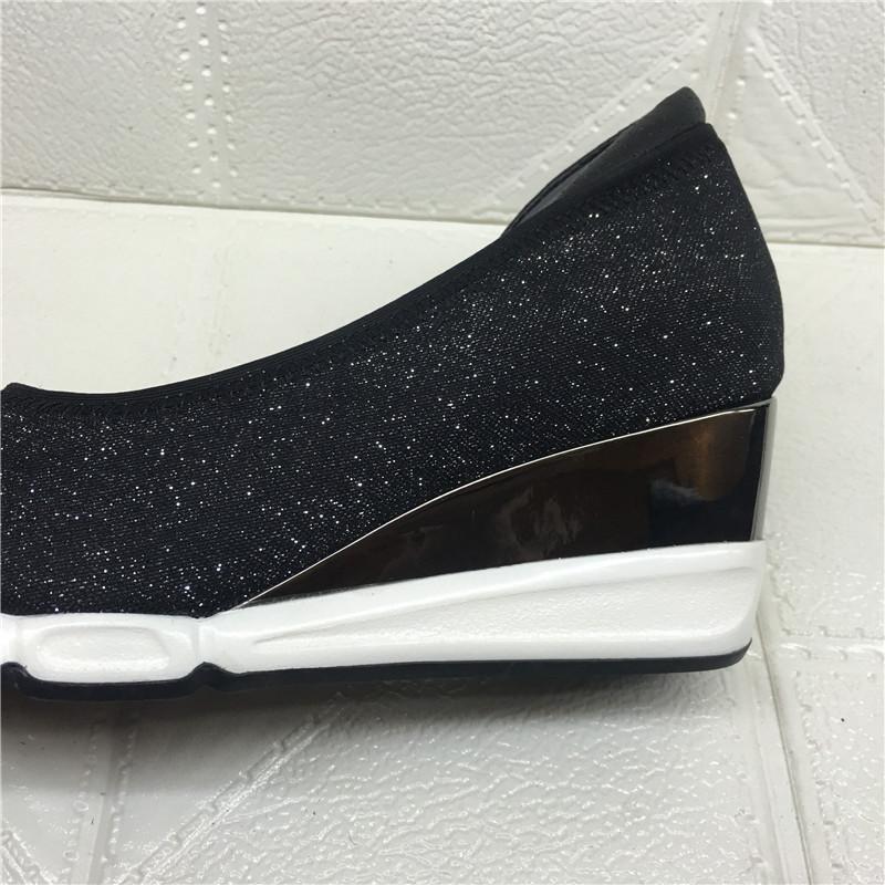 特价品牌撤柜断码清仓女鞋2017新秋款尖头坡跟时尚舒适套脚女单鞋