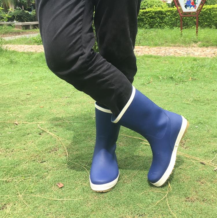 秋冬休闲款钓鱼鞋橡胶情侣男女同款中筒平底雨鞋男高尔夫雨靴水鞋