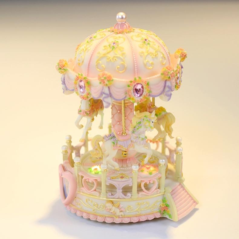 旋转木马音乐盒八音盒摆件上下升降发光生日礼物女生创意情人节