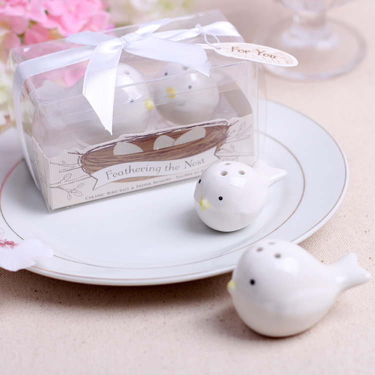 Buy promotional products minnie european creative wedding favor new promotional products minnie wedding gift european creative wedding supplies lottery game salute magpies cruet spice jar negle Choice Image