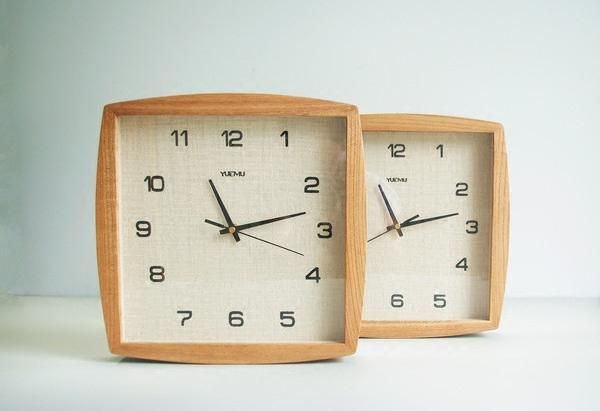 石英机芯 日式原木质挂钟包邮 木制墙饰时钟 简约方形实木钟表