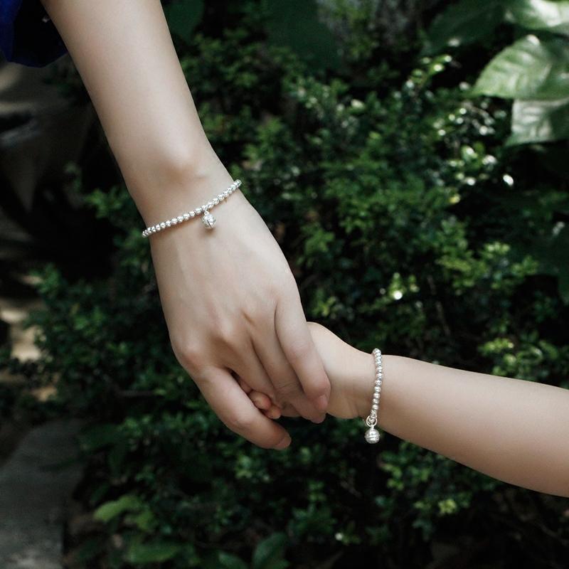 999 女亲子宝宝婴儿银珠韩版儿童铃铛转运珠手串刻字银饰  纯银手链
