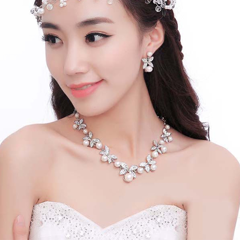 新娘项链结婚纱首饰韩式水钻皇冠项链耳环套装婚庆礼服头饰配饰品