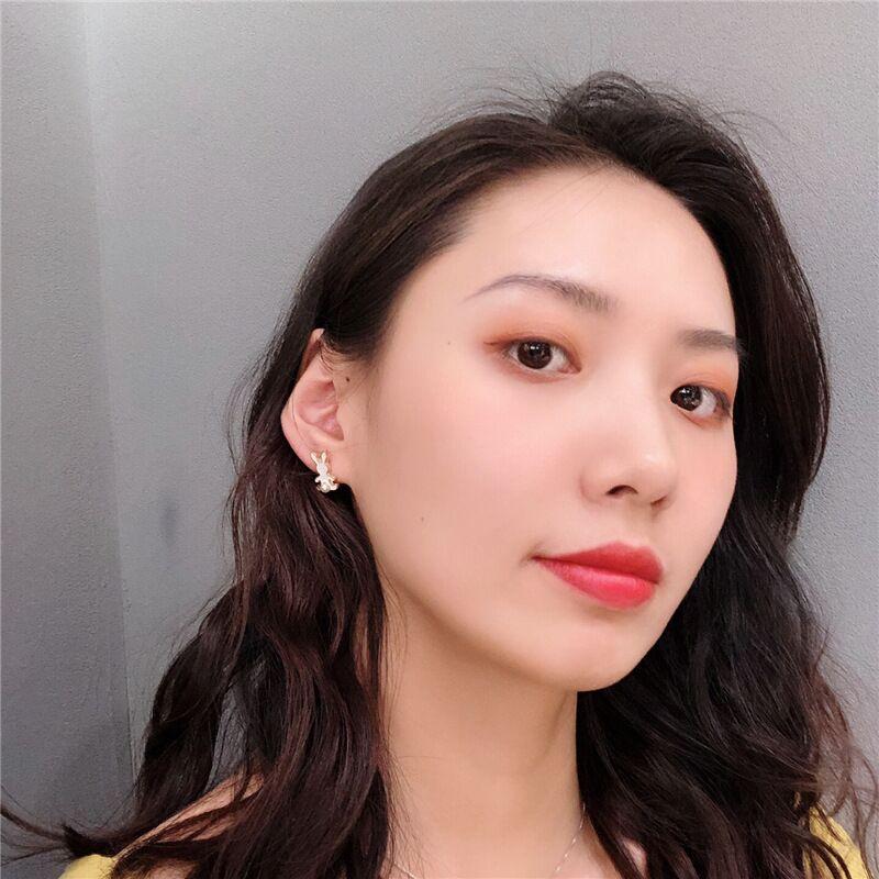 小清新超萌可爱卡通兔子不对称耳钉女气质韩国个姓珍珠搞怪耳环
