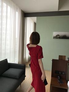 酸奶的衣橱 夏新 显瘦担当!斩男b备!上身美炸 法式方领复古连衣裙
