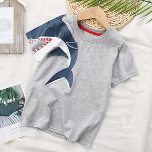 男童t恤短袖2020年夏季新款棉宽松个性卡通鲨鱼短t中大童半袖潮