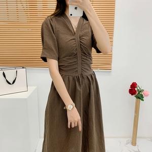 酸奶的连衣裙衣橱新夏显瘦法式茶歇裙复古中长款小个子v领收腰女