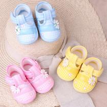 春秋护脚套0-1岁女婴儿软底学步鞋宝宝小童单鞋透气薄款公主鞋子