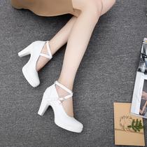 旗袍秀白色单鞋高跟真皮粗跟厚底防水台一字扣大码女鞋走秀模特鞋