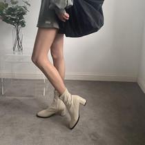 白色短靴女2020新款秋冬粗跟网红瘦瘦靴百搭高跟中筒圆头马丁靴子