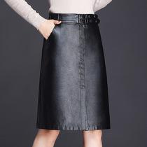 中年女士秋冬季穿的时尚优雅知性一步包臀裙女装精品PU皮半身皮裙