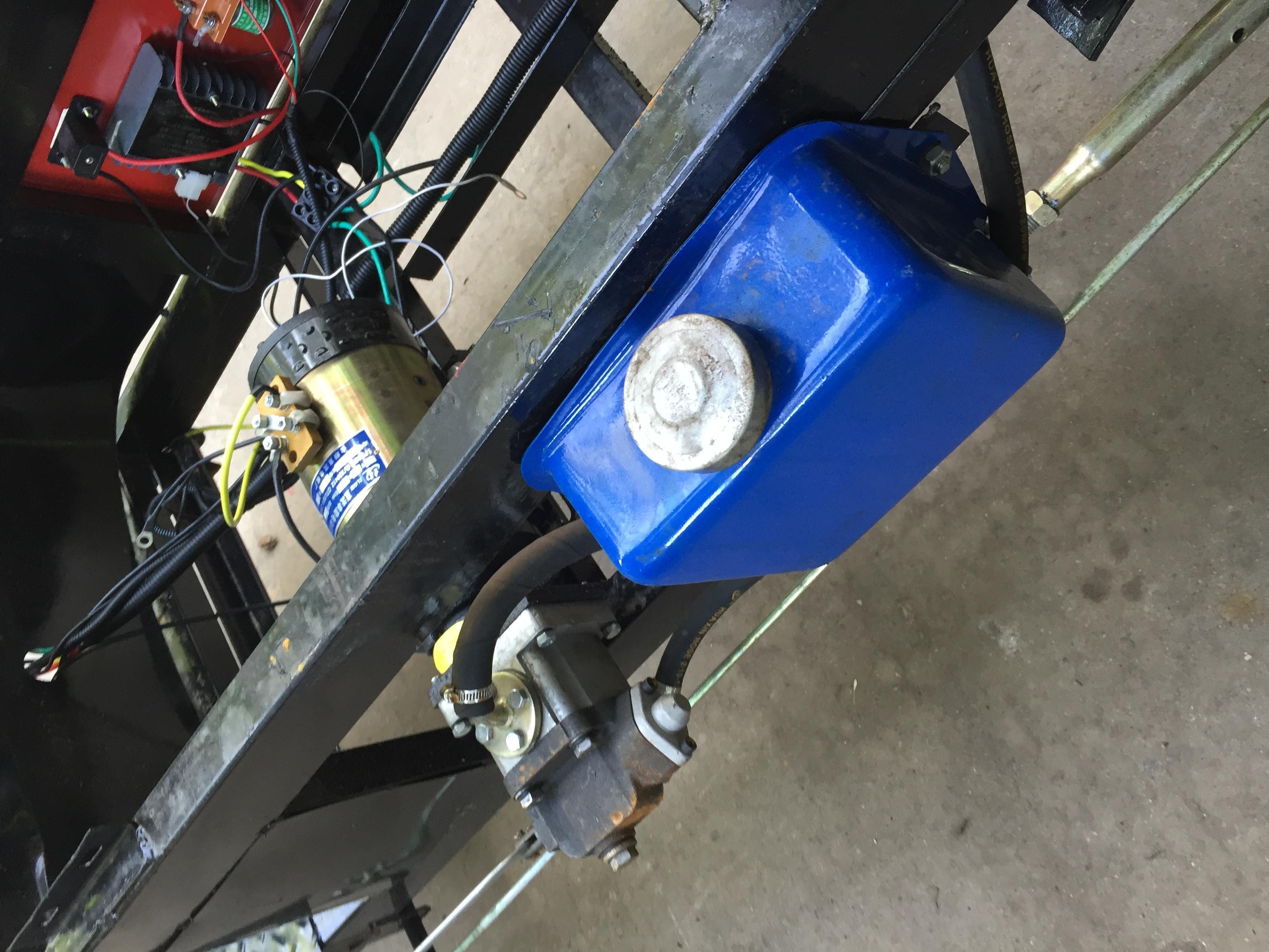 电动三轮车改装60v 48v电机油泵液压自卸车翻斗车 电动车改装自卸图片