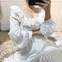 复古小众宫廷风重手工白色蕾丝花边仙女裙气质大裙摆灯笼袖连衣裙